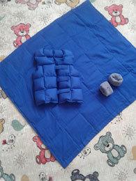 «Тяжелое» одеяло от детских проблем