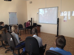 Кинотерапия в помощь подросткам